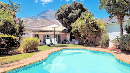 Hout Bay Beach Cottage