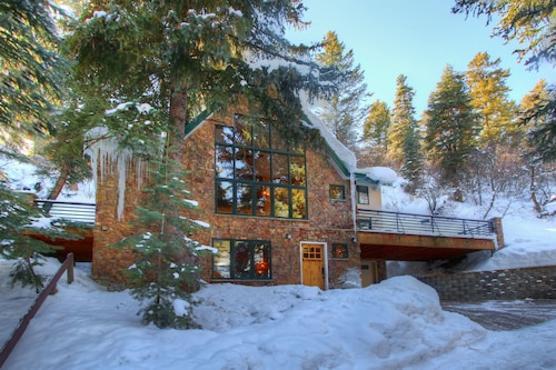 Luxury Mountain Home Less Than A Half Mile Walk To Sundance Resort