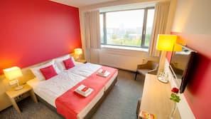 Premium-sengetøj, minibar, skrivebord, mørklægningsgardiner