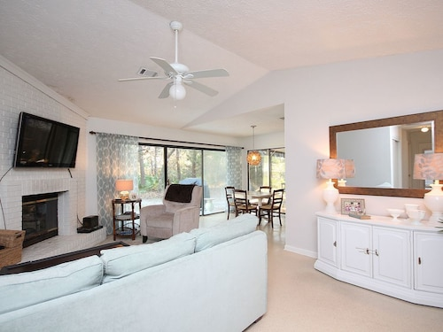 Discounted FOR Spring! Just Outside Seaside, 2 Blocks From Gulf, Pet Friendly!