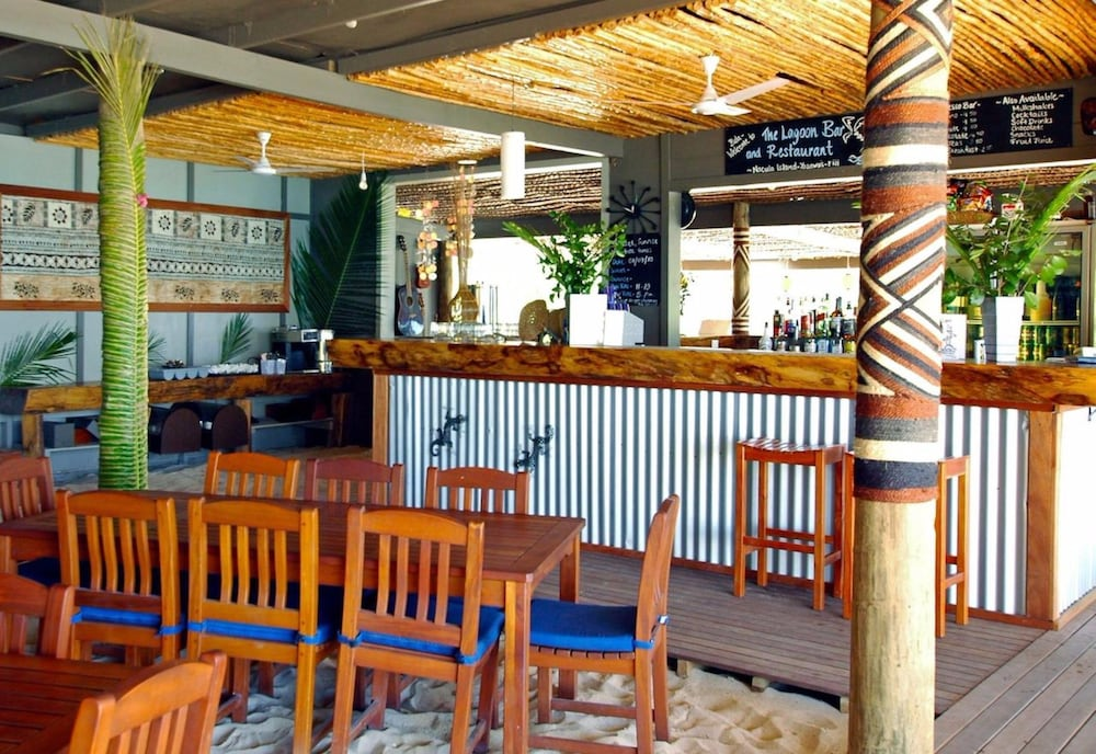 Bar, Blue Lagoon Beach Resort