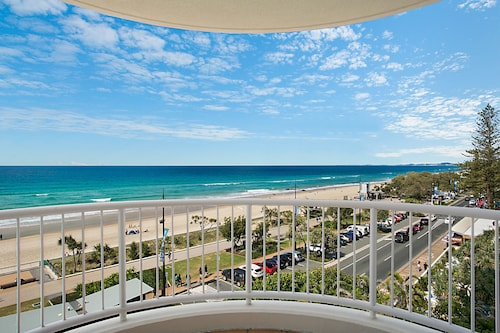Moroccan Resort - HR Surfers Paradise