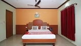 OYO 8499 City Comforts Inn - Madikeri Hotels