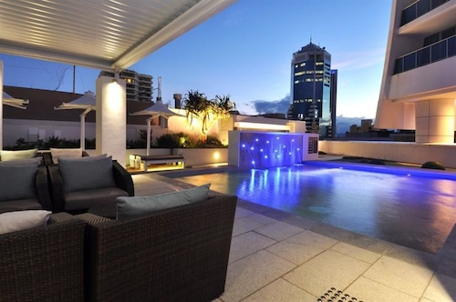 Orchid Residences - HR Surfers Paradise