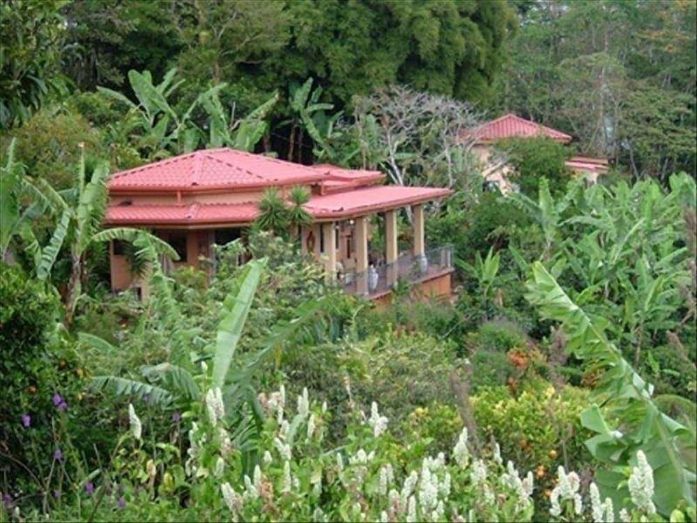 149 Five Star Reviews Romantic Garden Villa With Outdoor Private