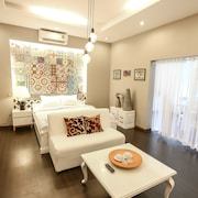 M-H 6 Serviced Apartments