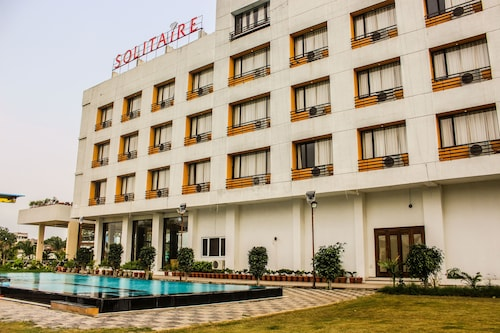 Solitaire Hotel and Resort