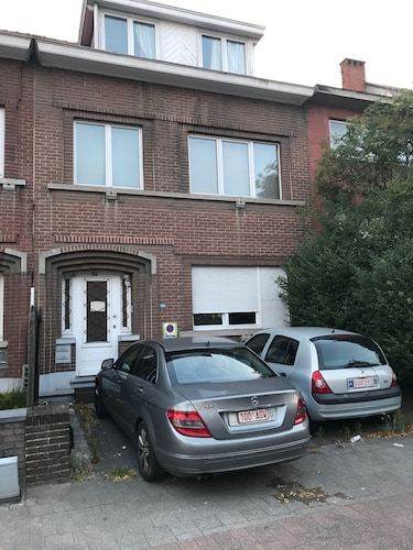 Zaventem Brussels Airport Apartment 1.- 10 Mins Walk to Airport.15 Mins Citybus