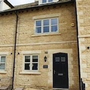 Boutique-chic, Cotswold Stone House, Sleeps 6