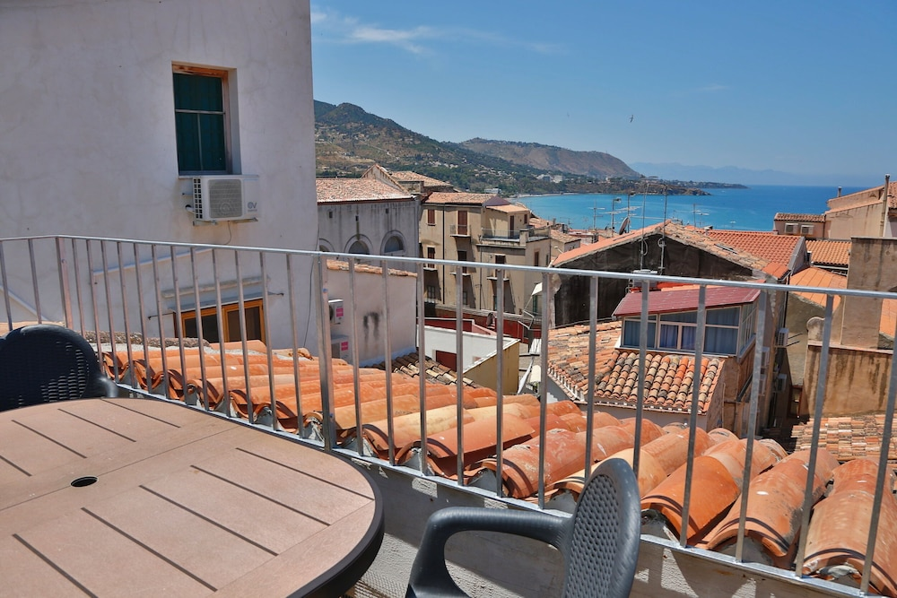 Terrazza Vittorio In Cefalù Hotel Rates Reviews On Orbitz