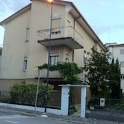 Treviso-venice Three Bedroom Apartment 200 Meters From THE Center AND Train