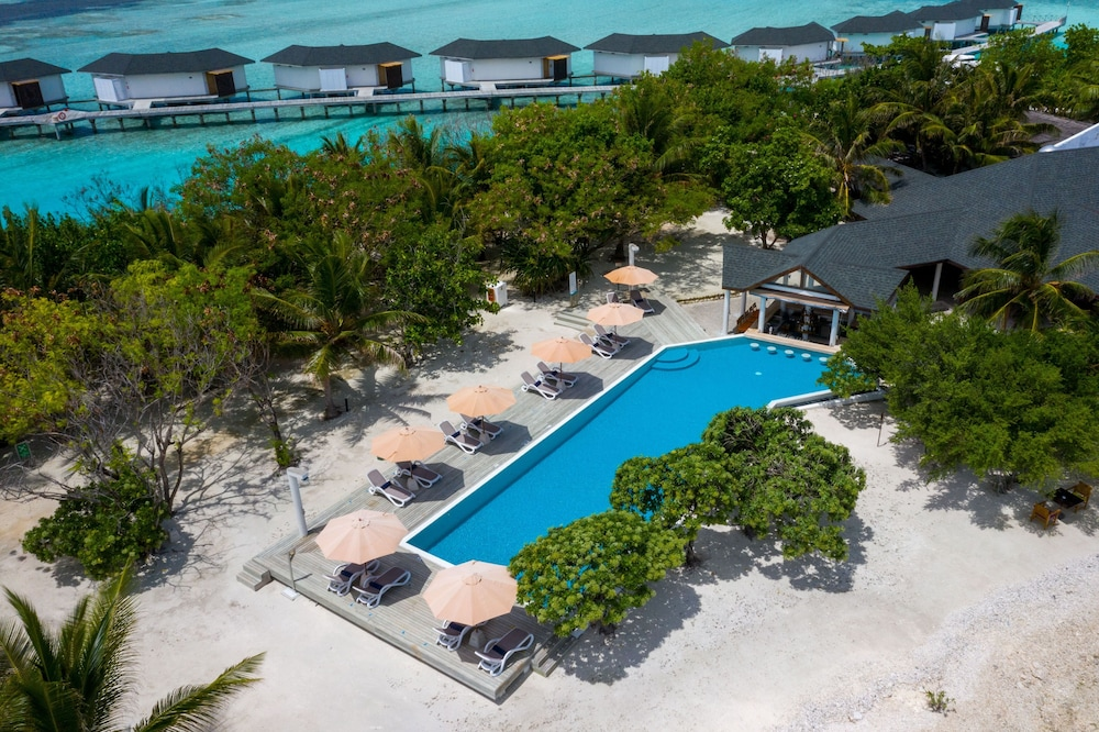 Outdoor Pool, Cinnamon Dhonveli Maldives-Water Suites