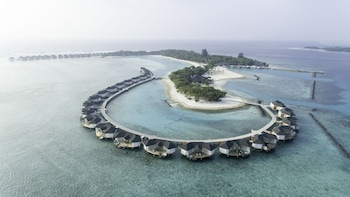 Cinnamon Dhonveli Maldives-Water Suites