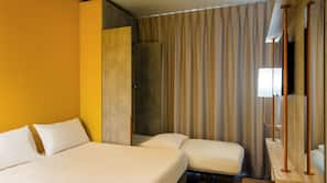 1 bedroom, in-room safe, blackout curtains, soundproofing