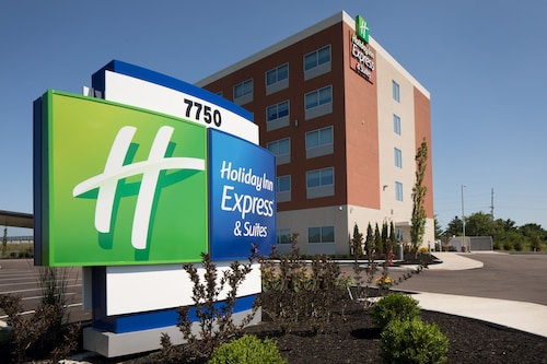 Holiday Inn Express & Suites-Cincinnati North - Liberty Way