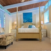 Kailua Beachside Studio - Monet Room