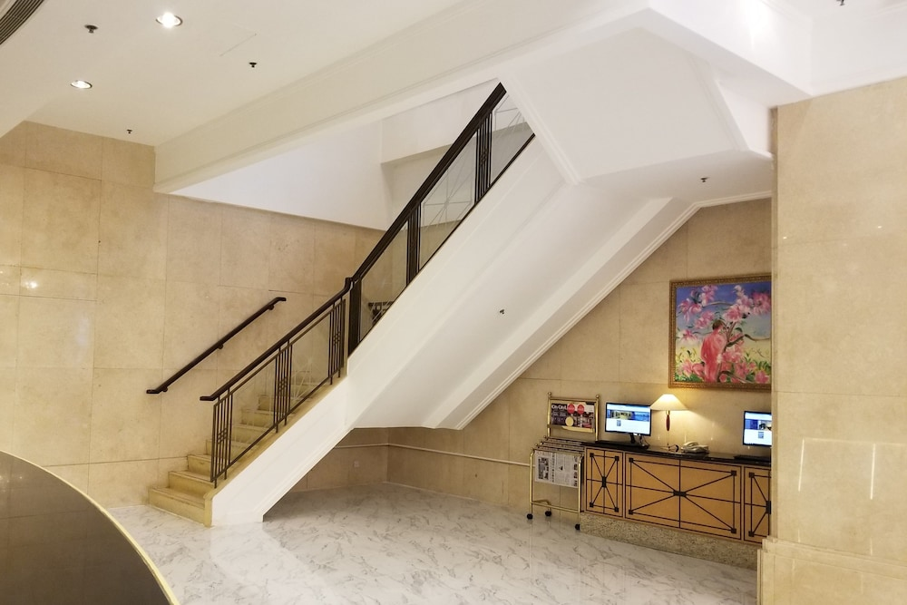 Staircase, Ramada by Wyndham Hong Kong Grand View