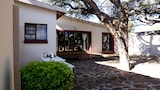 The Hedge Guesthouse - Kuruman Hotels