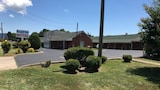 Royal Inn Motel - Waynesboro Hotels