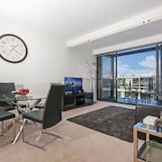 Accommodate Canberra - Dockside