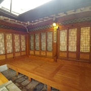 So Hyeon Dang Hanok Guesthouse
