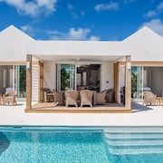 Turks and Caicos, Grace Bay Beach, Brand New Villa