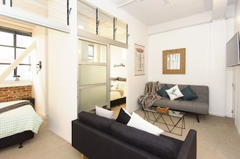 TOWNY - Central City Retreat - 2 Bedrooms