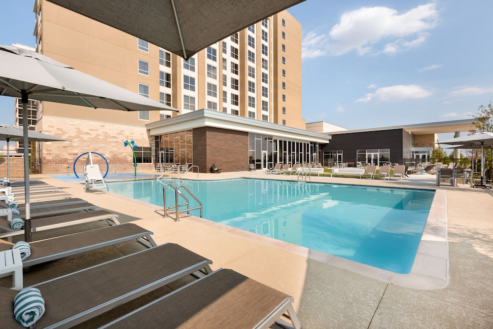 Embassy Suites By Hilton Denton Convention Center In