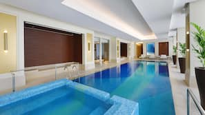 2 indoor pools