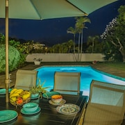 Winter Sale in Hawaii !! Immaculate, Gorgeous Pool, Bbq, Private Retreate!