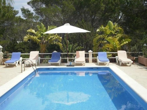 Santa Eulalia Del Rio: Chalet - Ibizahouse With Character With Pool and bbq Place and Magic Seaview