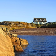 Shore Croft a Luxury House on the Beach