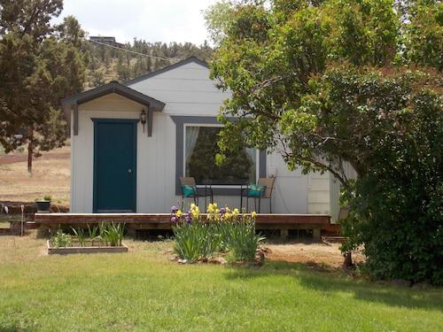 Central Oregon Studio Cottage In Terrebonne