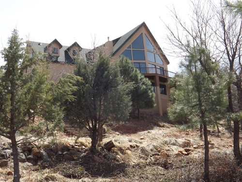 Check Expedia for Availability of Luxurious Secluded Cabin at 6k Elevation With Gorgeous Views . Large 3,200 SF