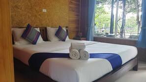 房內夾萬、摺床/加床 (收費)、免費 Wi-Fi