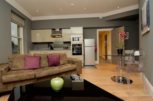 Harrogate Lifestyle Luxury Serviced Apartments - Opposite Harrogate Convention Centre – The perfect hotel alternative