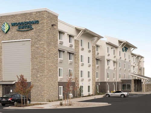 WoodSpring Suites Denver Centennial