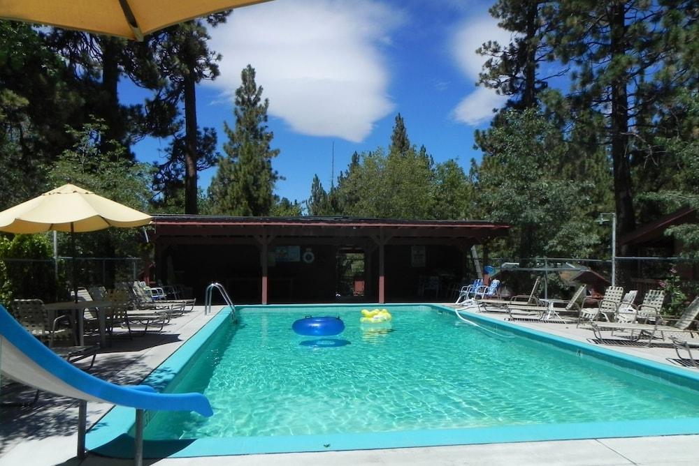 Oak Knoll Lodge And Cabins Big Bear Lake Usa Best Price Guarantee
