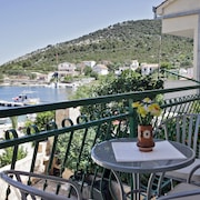 Nouveau Cozy Apartment On The Sea Beach View Freewifi BBQ Parking Boat Mooring