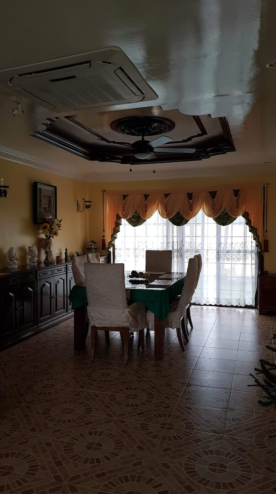 , House With Nice Garden And Big Private Pool For Rent