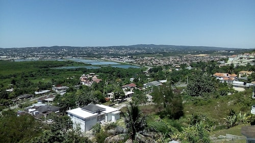 Dream Home That Welcomes all Great View of the Montego bay Town and Cruise Ship