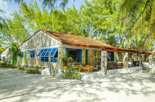 Private Beachfront 6BR Villa at the Hart of Sian Ka'an Tulum