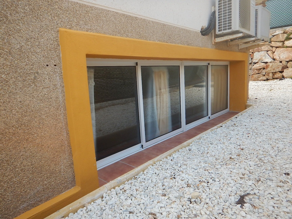 Balcony, LA Zenia Swimingpool Home 1