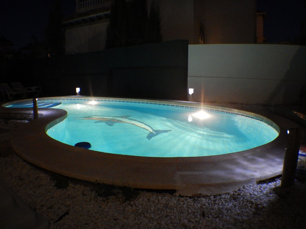 , LA Zenia Swimingpool Home 1