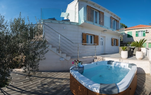 Villa Ivana - Your Own Piece Of Paradise