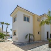 3 Bedroom Villa In A Quiet Location And Near Ayia Thekla Beach And Nissi Beach