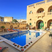 Ta' Annie Farmhouse,' A Unique Farmhouse In The Heart of Gozo !