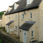 Cotswold Cottage, Parking, 21 Excellent Tripadvisor Reviews, in Conservation are