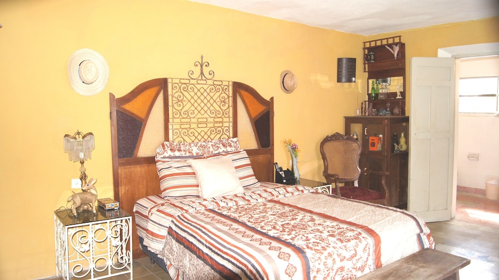 Room, House in Historic Center in Mérida