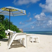 Aloha Rasdhoo, Located 5 Minutes Walk Away From the Private Beach